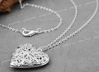 Ожерелье с подвеской для фото