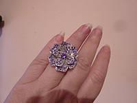 Коктейльное кольцо с камнями Сваровски