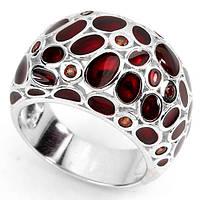 Стильное серебряное  кольцо с эмалью и гранатами