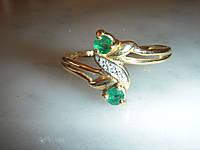 Золотое кольцо 750пр. с изумрудами