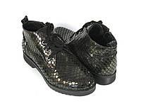 Коричневые ботинки под лак