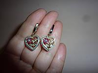 Серебряные серьги-сердечки с рубинами и бриллиантами