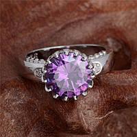 Кольцо с фиолетовым цирконием