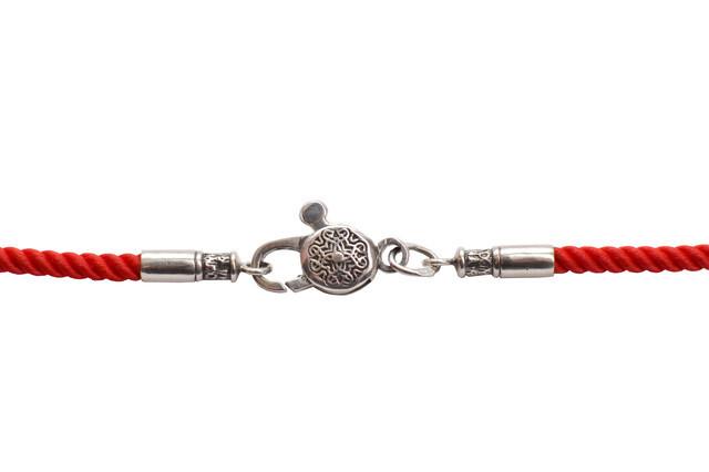 Шелковый шнурок с серебряными застёжками