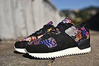 Кроссовки женские Adidas  ZX700 Remastered  Black Floral(адидас, оригинал)