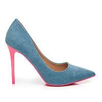 Джинсовые туфли-лодочки на шпильке голубые с розовой подошвой