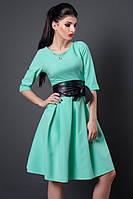 Модное вечернее платье в мятном цвете с пышной юбкой