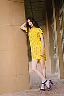 Женское яркое желтое летнее платье прямого покроя