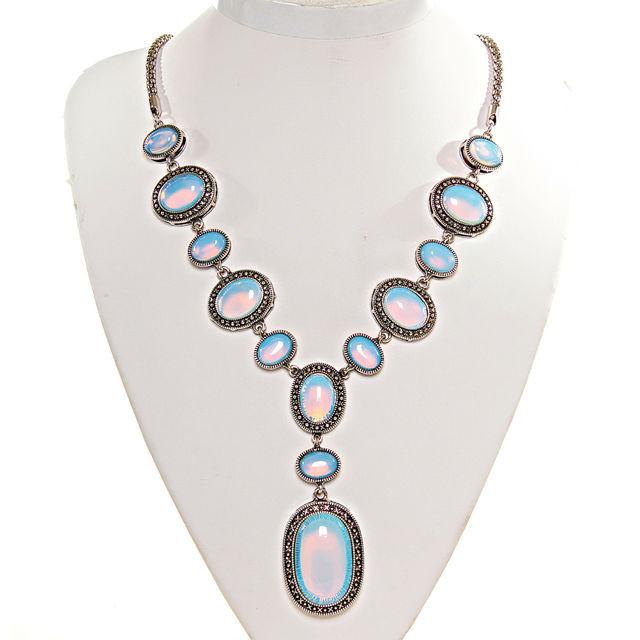 Ожерелья и колье из натурального камня (в метале) оптом
