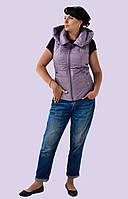 Модная жилетка стеганная с капюшоном 42-50 размера