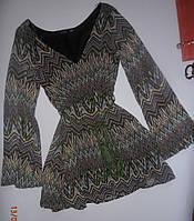 Оригинальное короткое фирменное летнее платье