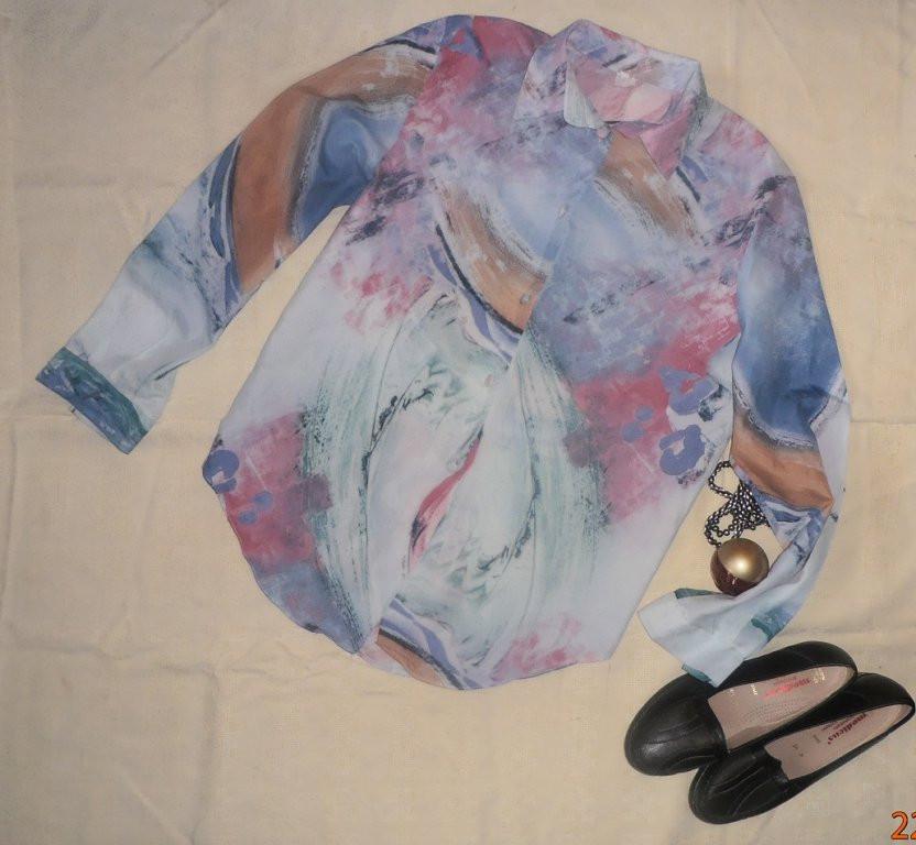 Красивая тонкая летняя блузка-рубашка