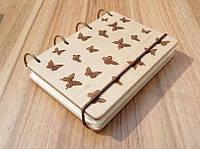 """Блокнот """"Бабочки"""" из натурального дерева на кольцах 60 листов."""