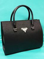 Женская каркасная сумка Прада черного цвета