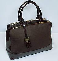 Стильная женская замшевая сумка Suliya c металлическами вставками цвета шоколад