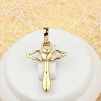 R4-0442 - Позолоченный кулон-крест с тиснением и крылышками