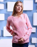 Теплый свитер  розового цвета