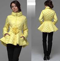 Оригинальная расклешенная куртка с декором цветок на поясе