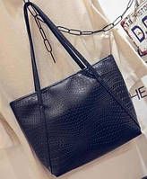 Большая женская сумка Cross Handle под крокодила черная
