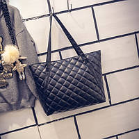 Большая женская стеганая сумка в стиле Chanel из кожзама черная