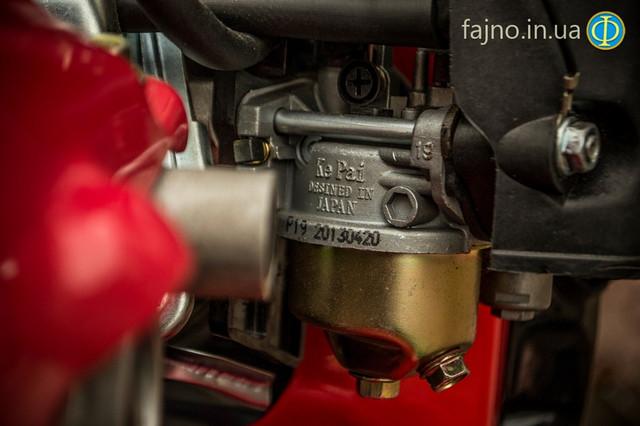 Карбюратор двигателя фото 5