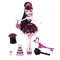 Кукла Монстер Хай Дракулаура Сладкие 1600 (День Рождения) Monster High Draculaura Sweet 1600 (с ключом)
