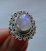 Индийское серебряное кольцо с лунным камнем 6,15Ct (14х10мм)
