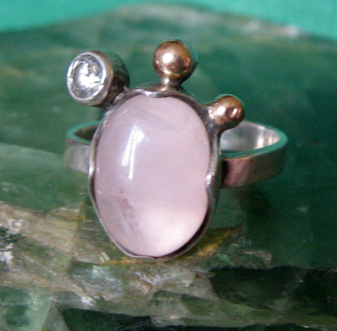 Кольцо.Серебро 925пр.Розовый кварц.Украина