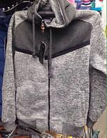 Мужской серый батник на молнии с капюшоном на флисе 48-45 р