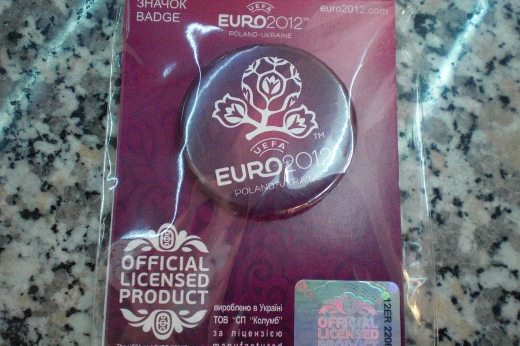 Значок  ЕВРО 2012 футбол  EURO