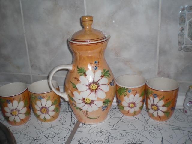 Сервиз  большой Чайник  и чашки   СССР