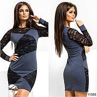 Женское платье мини с гипюровыми вставками