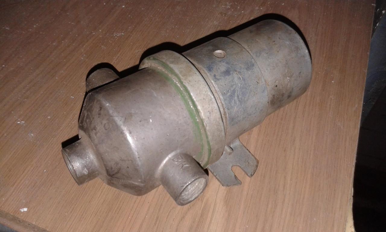 Катушка зажигания ЗИЛ 130(водонепроницаемая)