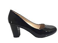 Женские туфли на каблуке 6 см.