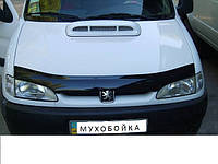 Дефлектор капота мухобойка Nissan Micra 03-10