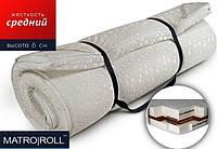 Тонкий ортопедический матрас на диван скрученный в рулон