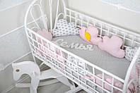 Комплект бортиков в кроватку + простынь, Облачка, для девочки