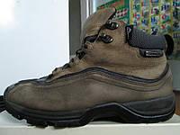 Боти кросовки 40.5р гор TEX кожа охотарибалка