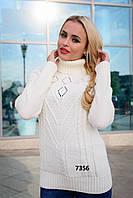 Модный женский свитер с высоким воротником в расцветках.