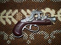 Игрушечный коллекционный пистолет