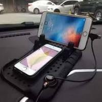 Автомобильный коврик с функцией зарядки для Anroide и iPhone