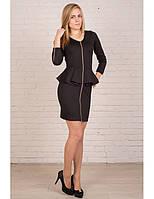 Короткое черное платье с баской