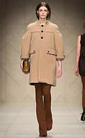 Оригинальное пальто с воротником-стойкой