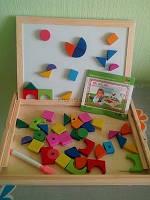 Деревянная игрушка досточка на магните и геометрические фигуры