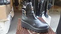 Модные кожаные ботинки на толстой подошве. Украина