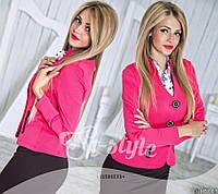 Пиджак женский с оригинальными пуговицами