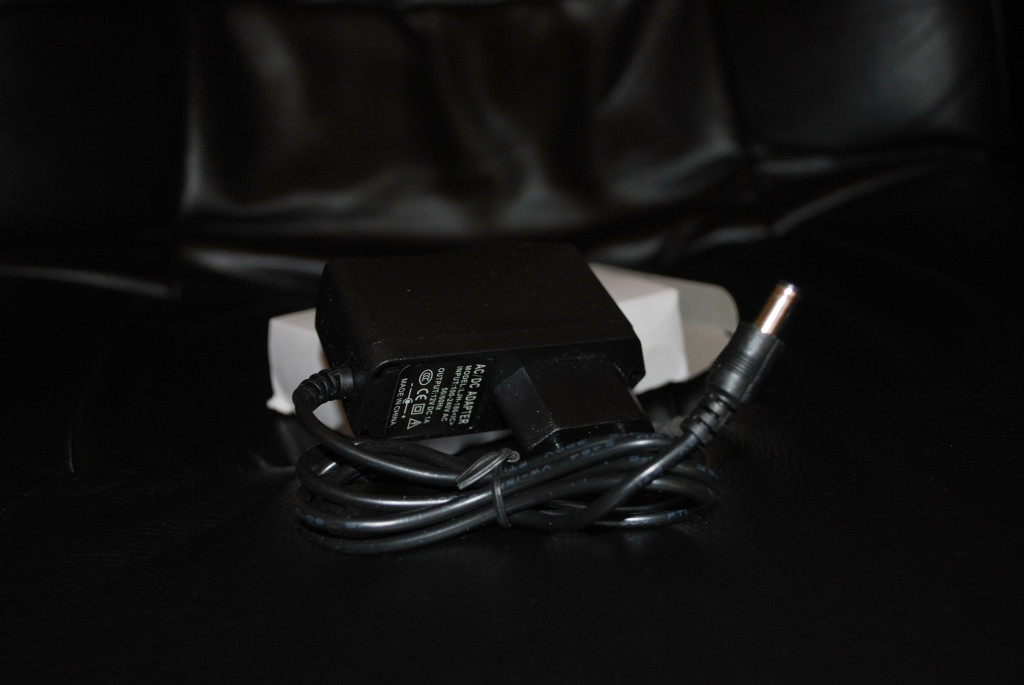 Адаптер блок питания 12v 1A 2,5х5мм, A118