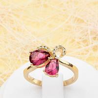 002-1770 - Красивое позолоченное кольцо с рубиновыми и прозрачными фианитами, 16.5, 19 р.