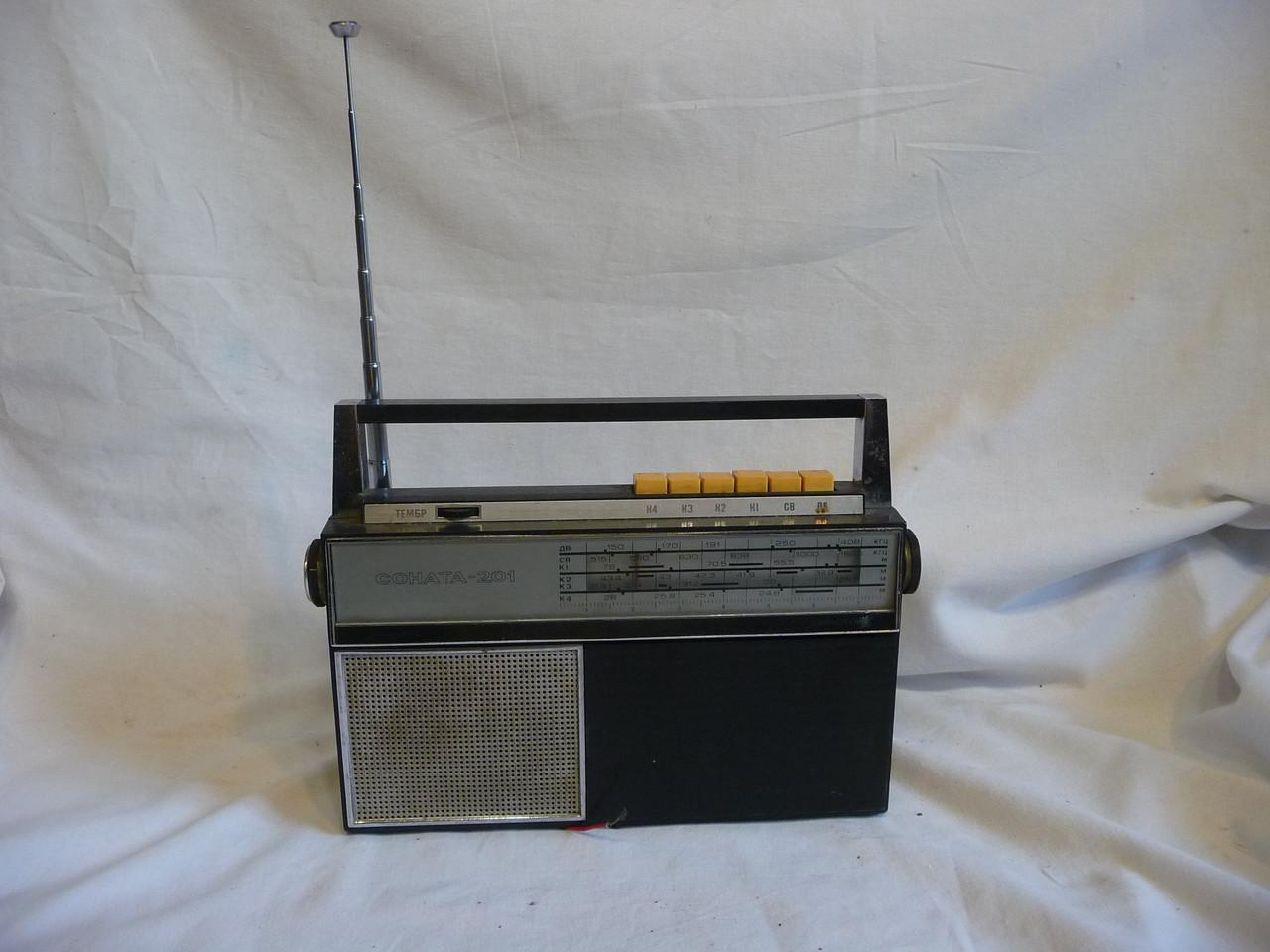 Радиоприемник Соната  на з/п или...