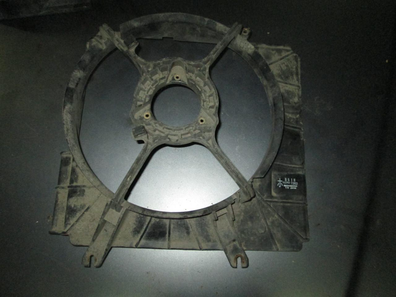 Диффузор вентилятора Mazda 323F BG 89-94 B61H